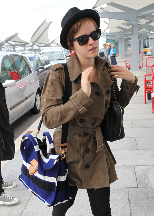 The Many Bags of Emma Watson-8