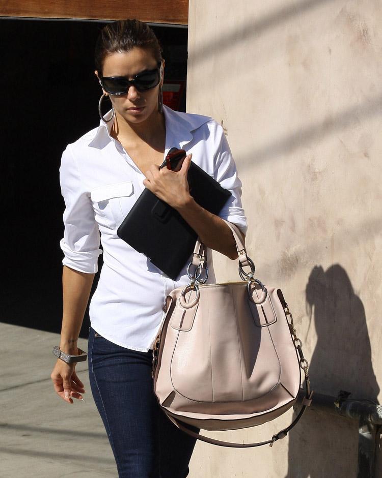 The Many Bags of Eva Longoria (4)
