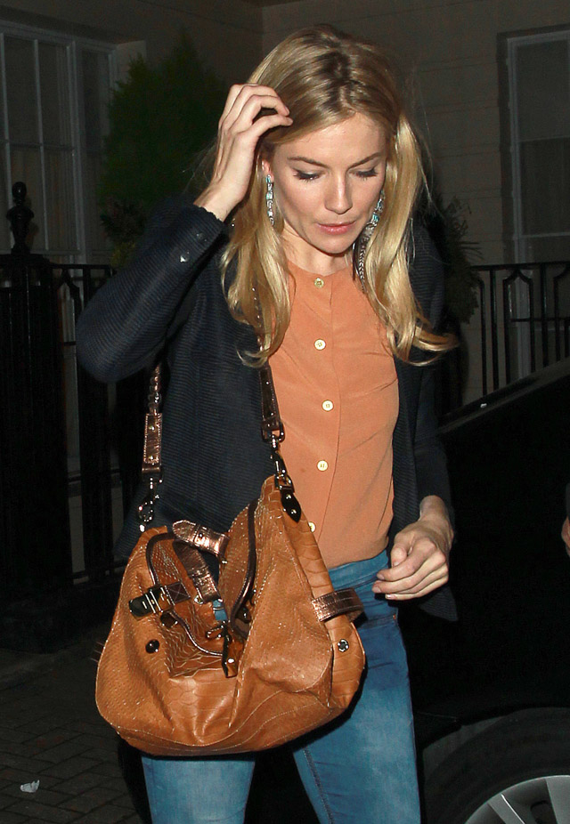 The Many Bags of Sienna Miller (9)