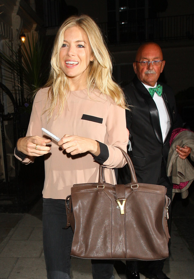 The Many Bags of Sienna Miller (23)