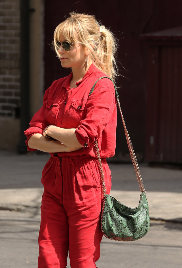 The Many Bags of Sienna Miller (6)