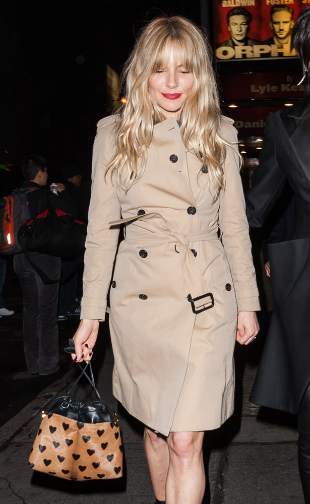 The Many Bags of Sienna Miller (4)
