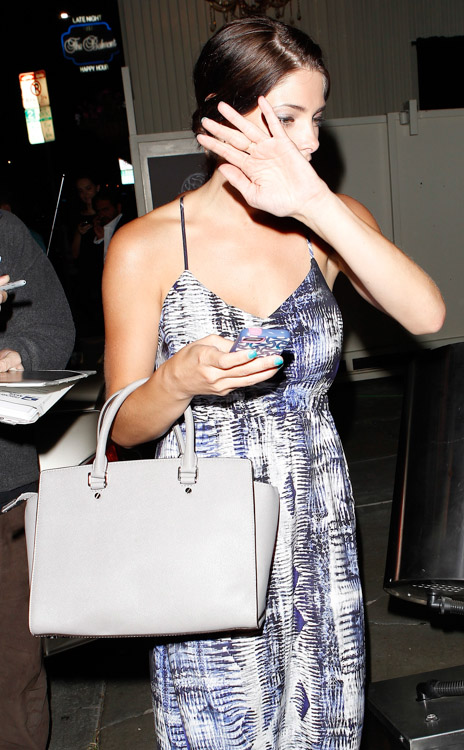 Ashley Greene carries a light grey MICHAEL Michael Kors Selma Tote Bag (4)