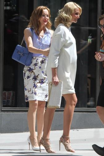 Cameron Diaz and Leslie Mann carry a Gucci Guccissima Shoulder Bag and Stella McCartney Falabella Clutch-4