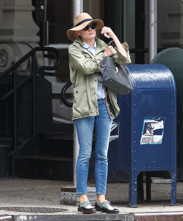 Diane Kruger carries a Balmain x Aurelie Bidermann Pierre Bag in NYC (3)