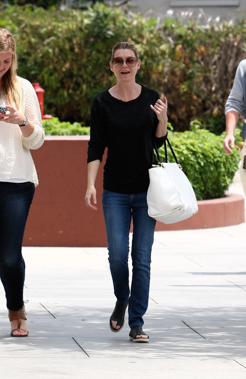 Ellen Pompeo carries a white Lanvin Trilogy Tote in LA. (1)