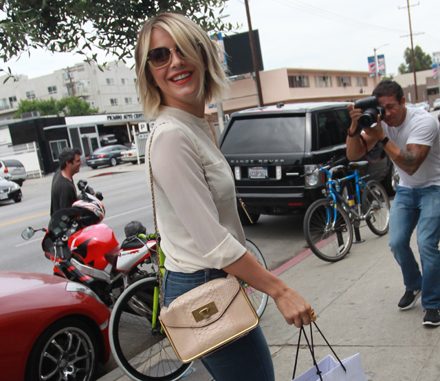Julianne Hough carries a Chloe Sally Bag (1)