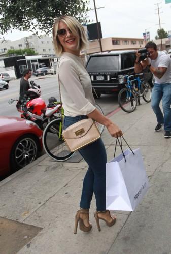 Julianne Hough carries a Chloe Sally Bag (2)