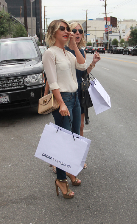 Julianne Hough carries a Chloe Sally Bag (4)