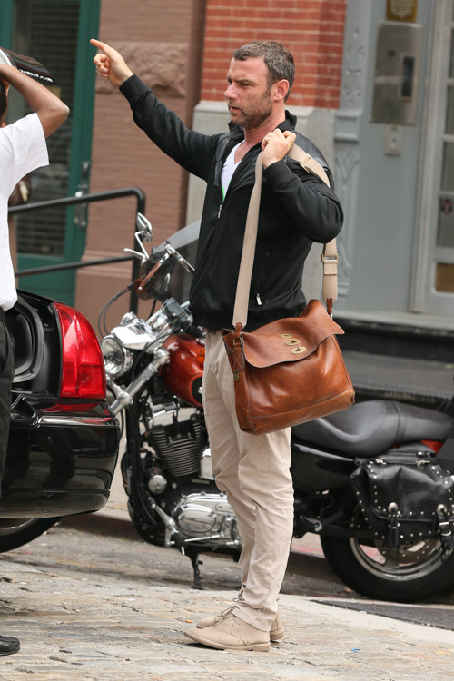 Liev Schreiber carries a Mulberry Brynmore Messenger Bag in NYC (4)