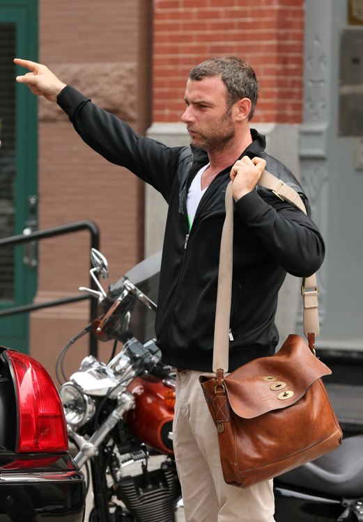 Liev Schreiber carries a Mulberry Brynmore Messenger Bag in NYC (3)