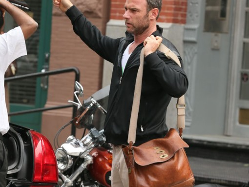 Liev Schreiber carries a Mulberry Brynmore Messenger Bag in NYC (5)