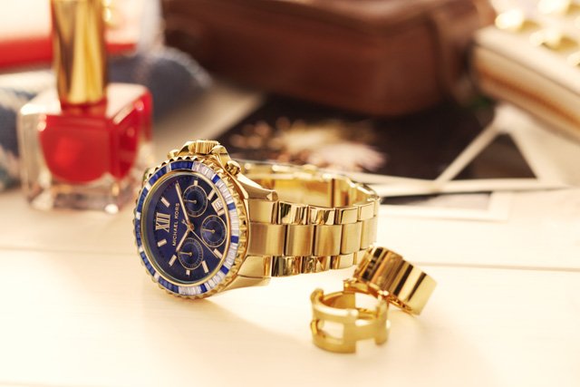 Michael Kors: Whats In Your Kors? (3)