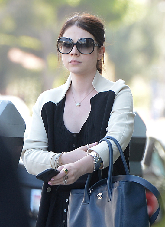 Michelle Trachtenberg carries a Chanel Cerf Tote in California (1)