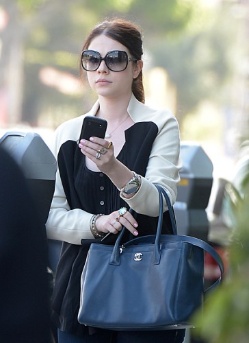 Michelle Trachtenberg carries a Chanel Cerf Tote in California (2)