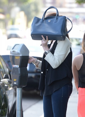 Michelle Trachtenberg carries a Chanel Cerf Tote in California (5)