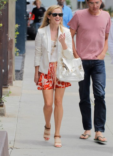 Reese Witherspoon carries a white Proenza Schouler PS1 Bag (4)