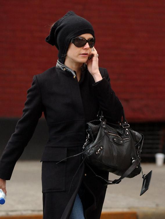 The Many Bags of Gwyneth Paltrow (1)