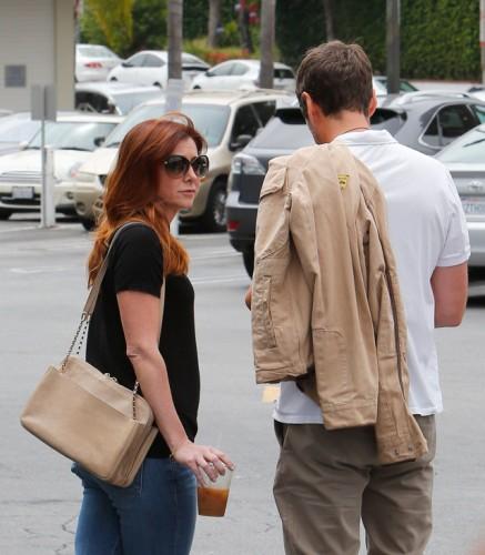 Alyson Hannigan carries a beige Chloe Lucy Bag (2)