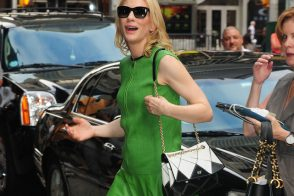 Cate Blanchett Looks Elegant As Always With A Roger Vivier Bag