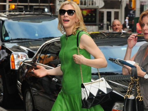 Cate Blanchett carries a Roger Vivier Prismick Bag in NYC (5)