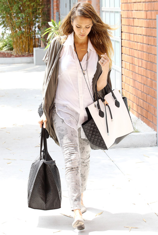 Jessica Alba carries a black and white Michael Kors Miranda Tote in LA (2)