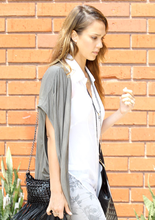 Jessica Alba carries a black and white Michael Kors Miranda Tote in LA (4)