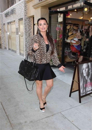 Kyle Richards carried an embroidered black Valentino Rockstud Tote in LA (4)