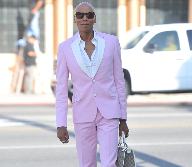 RuPaul carries a Gucci logo tote bag in Beverly Hills (5)