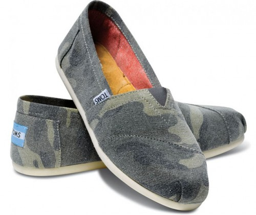 TOMS Washed Canvas Camo Women's Classics