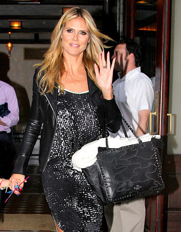 The Many Bags of Heidi Klum-29