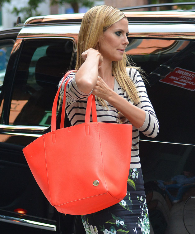 The Many Bags of Heidi Klum-30