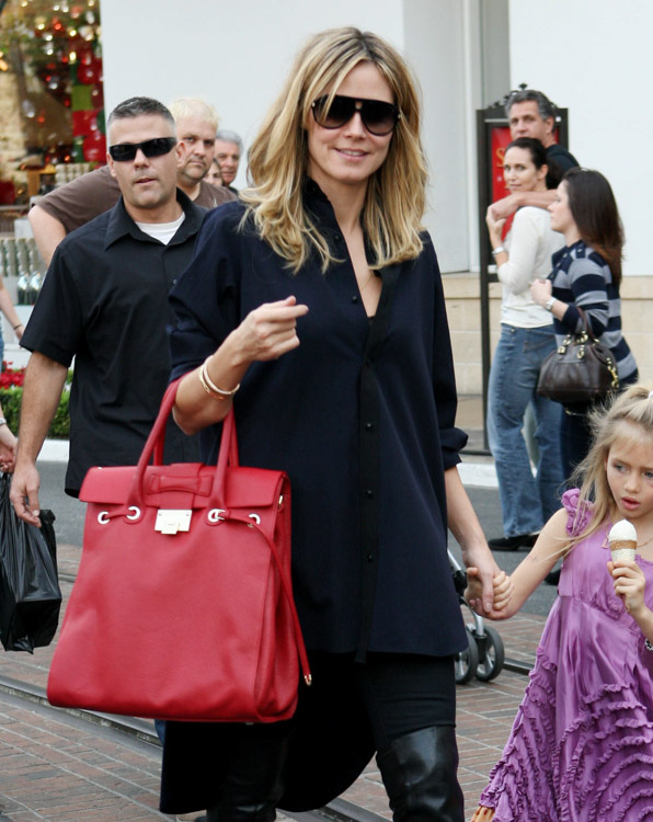 The Many Bags of Heidi Klum-8