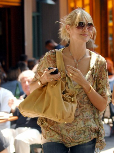 The Many Bags of Heidi Klum (6)
