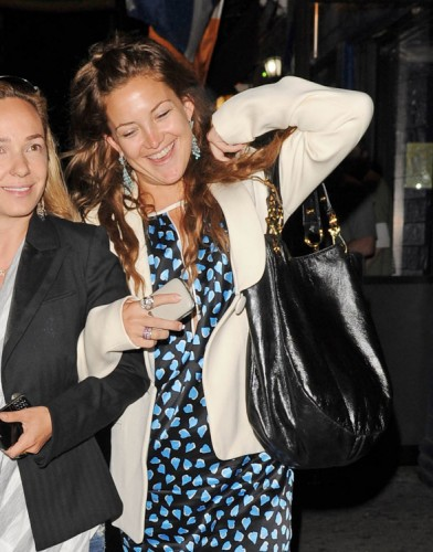 The Many Bags of Kate Hudson (8)