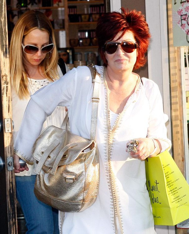 The Many Bags of Sharon Osbourne (11)