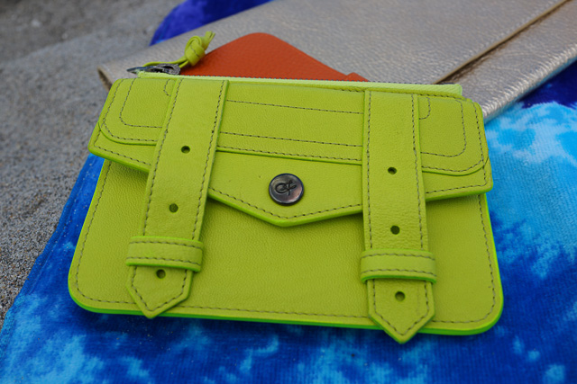 Whats in my Hermes Kelly Beach Bag-14