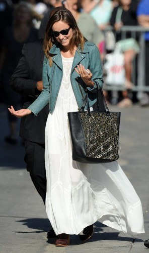 Olivia Wilde carries a studded Christian Louboutin tote in LA (4)