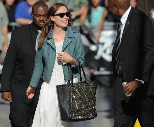 The Best Celebrity Handbag Moments of Summer 2013 (3)