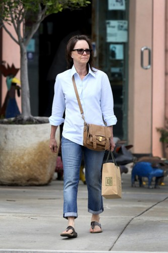 Sally Field carries a brown Proenza Schouler PS1 Pouch (3)
