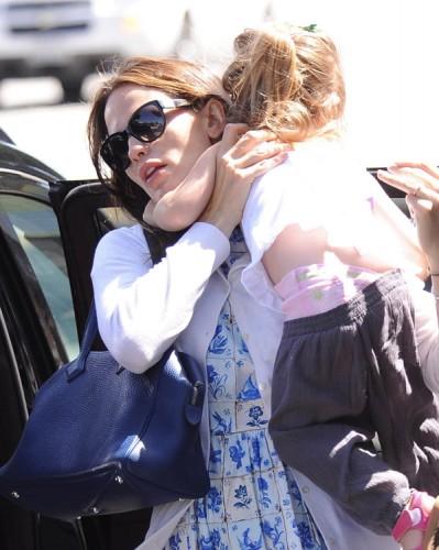 The Many Bags of Jennifer Garner (19)