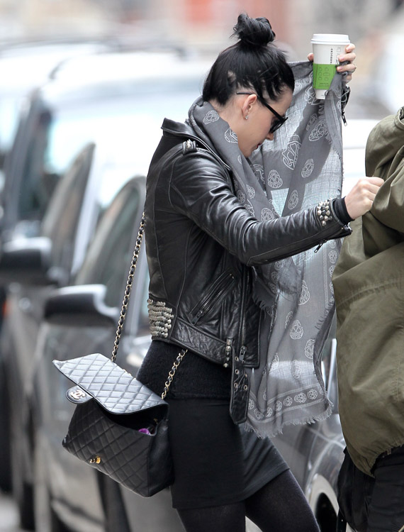 The Many Bags of Katy Perry (10)