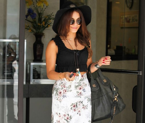 Vanessa Hudgens carries a Givenchy Nightingale Bag in LA (5)