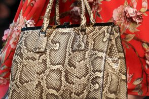 Dolce & Gabbana Spring 2014 Handbags (27)