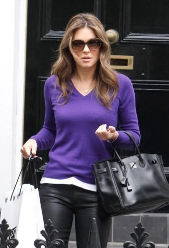 Elizabeth Hurley carries a rare Hermes Birkin in London (2)
