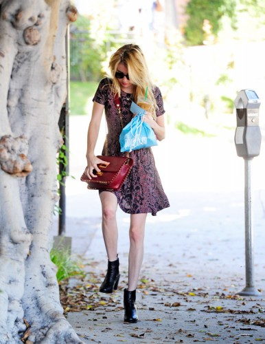 Emma Roberts carries a burgundy Pucci bag (1)