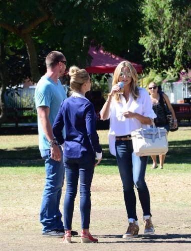 Heidi Klum carries a grey Reed Krakoff Boxer Tote (4)
