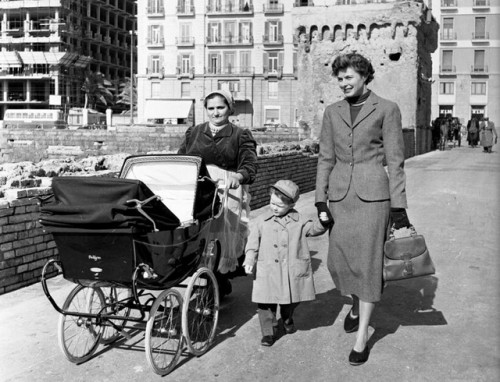 Ingrid Bergman with a Gucci Bamboo Bag