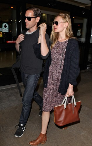 Kate Bosworth carries a Chloe Baylee Bag at LAX (1)