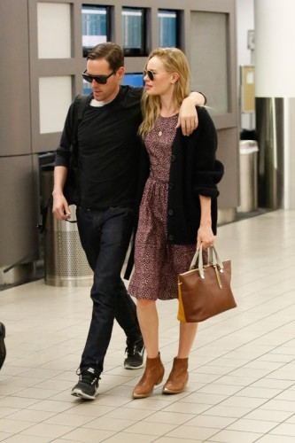 Kate Bosworth carries a Chloe Baylee Bag at LAX (3)